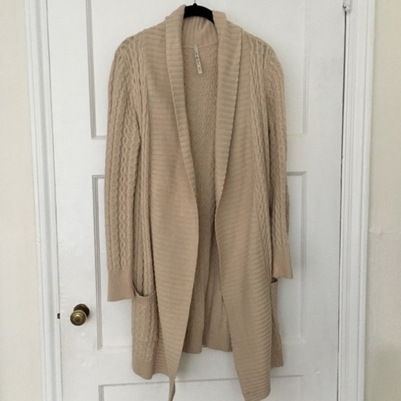 Anthropologie Sweaters - Cozy cable knit long tan duster sweater cardigan